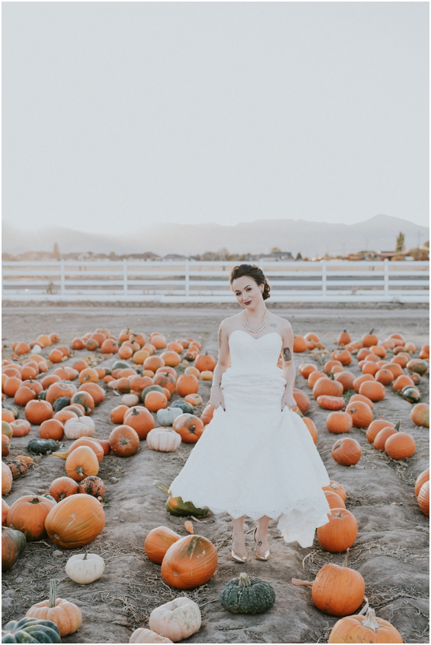 009pumpkin-patch-photoshoot-sioux-city-wedding-photographer